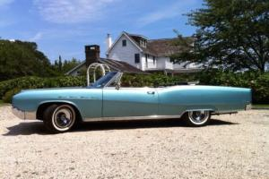 1967 Buick Electra Photo