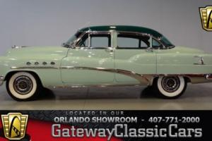 1953 Buick Roadmaster -- Photo