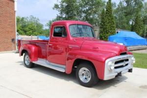 1953 International Harvester R-110 Photo