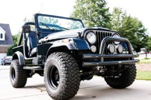1985 Jeep CJ Photo