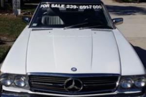 1988 Mercedes-Benz SL-Class 560 sl