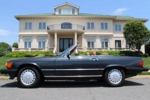 1989 Mercedes-Benz SL-Class 560SL Photo