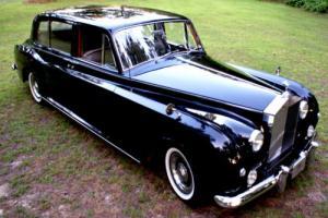 1962 Rolls-Royce Phantom Phantom V Seven Passenger Limousine Photo