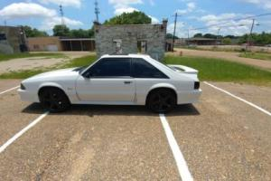 1990 Ford Mustang Photo