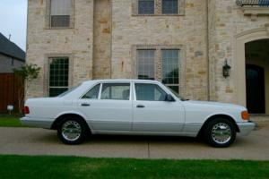 1990 Mercedes-Benz 500-Series 560 SEL