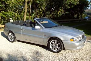 VOLVO C70 LTD-2004 COLLECTION-CONVERTIBLE- AUTO-ELECTRIC ROO-LEATHER-BEAUTIFUL.  Photo