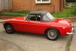 MGB ROADSTER 1971 RED