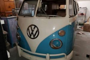 1967 Volkswagen Camper Bus / Split Window metal / paint for Sale