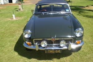 M G MGB MK1 1964 2D Roadster 4 SP Manual 1 8L Carb