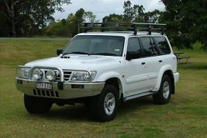 2004 Nissan Patrol ST L 3 0LT Diesel