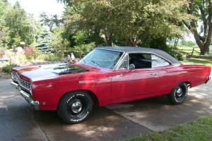1968 Plymouth Roadrunner   383 ci,4 speed, frame-off restoration only 700 miles!