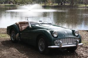 1960 Triumph TR3A - British Racing Green!