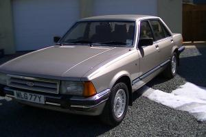 1983 FORD GRANADA GHIA AUTO GOLD  Photo