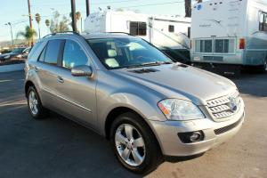 NO RESERVE: 2006 MERCEDES ML500 - NAVIGATION -SUNROOF-FULLY LOADED-EXCELLENT