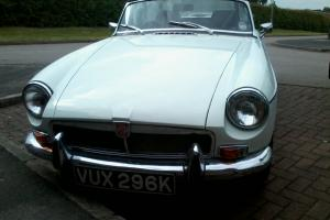 mgb roadster 1971 mot tax excellent condition inside  Photo