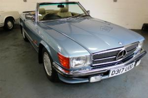 Mercedes-Benz 300SL Automatic 107 Model 1987 Only 42000 Miles From New