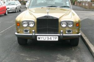 1976 ROLLS ROYCE mk1 in gold withe green leather long mot and tax no reserve