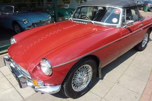 MGB Roadster, Heritage Shell, Damask red