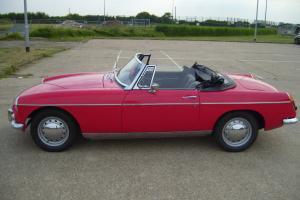 MGB ROADSTER 1966 RED WITH TAX /MOT LOVELY CONDITION TAX EXEMPT
