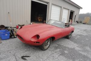Jaguar e type 1967 roadster, matching