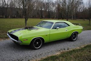1970 DODGE CHALLENGER R/T 440 SIX PACK 4 SPEED RECREATION