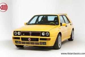 Lancia Delta HF Integrale Evolution 2 Gialla