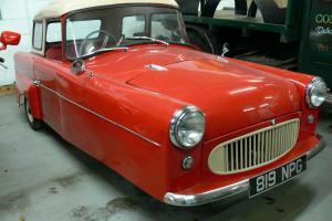 1960 bond car 3 wheeler  Photo
