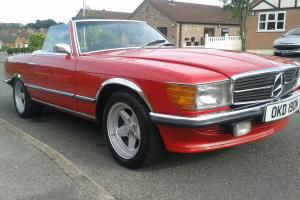 MERCEDES 350 SL RED GARAGE FIND,LAST OWNER FOR 21 YEARS, ONLY MOVED TO MOT