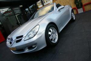 2004 Mercedes Benz SLK200 Kompressor Auto Excellent FOR AGE LOG Books NO Reserve