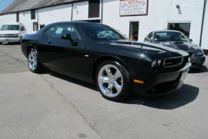 2012 DODGE CHALLENGER 3.7 V6 AUTOMATIC 1 OWNER 3000 MILES  Photo