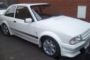 FORD ESCORT RS TURBO SERIES 1 S1 1986 C REG WHITE SPARES OR REPAIRS