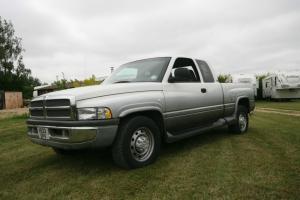 2000 DODGE 2500 EXTRA CAB WHITE/GREY P/X SWAP CUMMINS 24VALVE