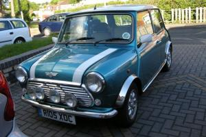 MINI COOPER 1275 KINGFISHER BLUE WITH WHITE ROOF (1998)