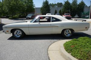 1970 Road Runner white in excellent condition