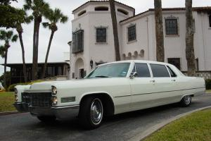 1966 Cadillac Fleetwood limo series 75