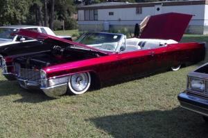 1965 Cadillac DeVille Base Convertible 2-Door 7.0L