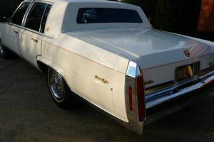 Cadillac Fleetwood Brougham 1986 Original AND Beautiful Ready TO Enjoy