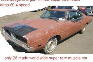 Super Rare 1969 Dodge Charger R T SE Dana 60 Super Track Pack 4 Speed 440 Magnum