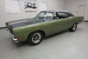 "1969 Plymouth ""Roadrunner"" 2 Dr. H.T. Resto. 383 C.I. 4 spd. Straight, tight !!"