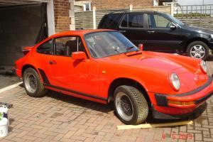 1977 PORSCHE RED