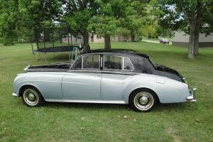 1960 Bentley NO RESERVE With rolls royce grill, hubcaps, and badges