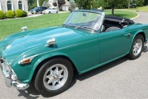 1966 TRIUMPH TR4A RESTORED LEATHER NEW TOP BRITISH RACING GREEN GORGEOUS CAR!!