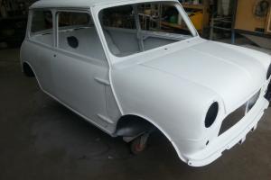 CLASSIC MINI SHELL MK1 MORRIS MINI 1966