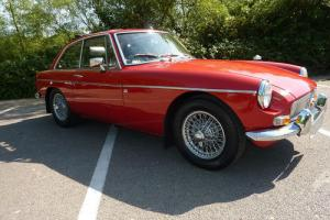 MGB GT 1973 TARTAN RED/BLACK HIDE PIPED IN RED - STAGE 3 ENGINE STAGE 2 UNLEADED