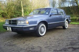 1990 Dodge Dynasty LE 3.3