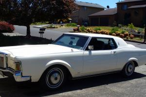 1971 LINCOLN MARK III CONTINENTAL Wimbelton White Freshly Restored
