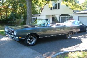 1969 PLYMOUTH GTX CONVERTIBLE 426 HEMI 2ND OWNER 5,000 MILES GARARGED MINT!