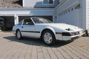 1984 DATSUN NISSAN 300 ZX TURBO WHITE BLACK STRIPES CAR T TOPS