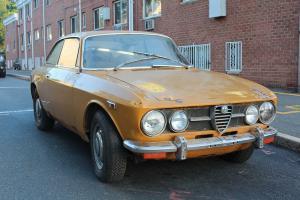 TWO 1971s ALFA ROMEO GTV 1750 COMPLETE PROJECT CARS 2000 GIULIA SPIDER GT VELOCE Photo