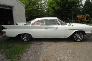 1961 Chrysler Newport 2-dr hardtop coupe
